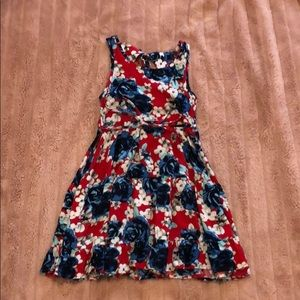 Other - cute floral dress!